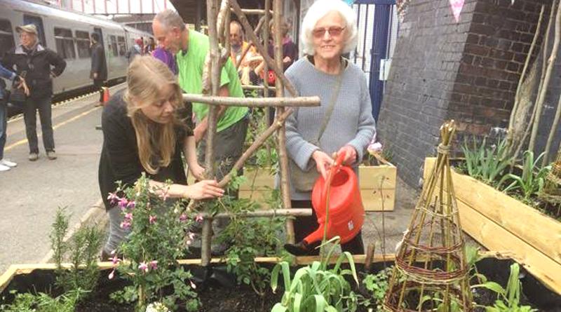 Sian Berry at the Kentish Town station Big Dig