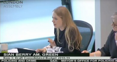 Sian Berry asking the Mayor about new funding for knife crime prevention